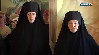 В Зауралье освятили храм в восстановленном монастыре