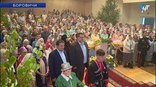 Боровичский Свято-Троицкий собор вновь открыт для верующих