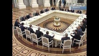 Дмитрий Азаров принял участие во встрече Владимира Путина с избранными главами регионов РФ