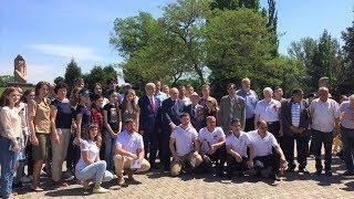 Югорские участники автопробега «Победа - одна на всех» подарили жителям Узбекистана нефть
