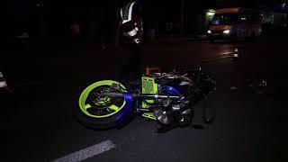 В Днепре на Победе мотоциклист сбил парня