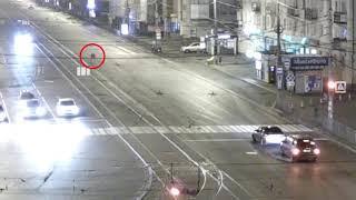 Пьяный пешеход прыгнул под автомобиль. ДТП в Калининграде 14.10.17