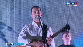 В Элисте состоялся концерт Дмитрия Певцова