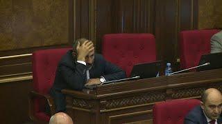 Пашинян: не избран и доволен