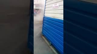 «Вы что, с ума сошли?» – в соцсетях обсуждают уборку площадки у ТЦ «Александрия»