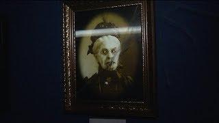 В «Ночь искусств» югорчан пугали жуткими картинами и смешили рекламными роликами