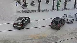 ДТП (авария г. Волжский) пл. Свердлова вид на проспект 26-02-2018 10-35