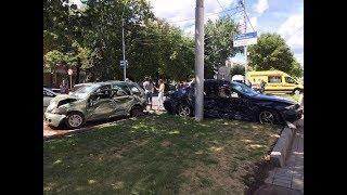 Страшная авария в центре Ставрополя. Столкнулись сразу шесть машин