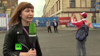 Болельщики собрались на Невском проспекте в преддверии матча Россия — Египет