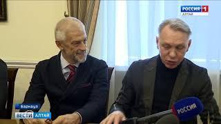В Барнауле прошёл концерт «Родной голос», посвящённый годовщине Крымского референдума