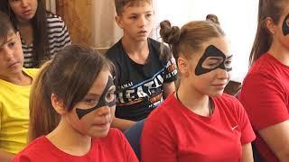 """Зажигательными танцами отметили открытие смены в лагере """"Спартанец"""" Биробиджана(РИА Биробиджан)"""