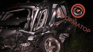 Смертельное ДТП в Киеве: водитель Suzuki врезался в Renault и вылетел через заднее стекло