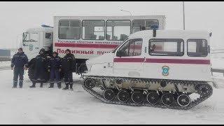 На автодорогах Ростовской области развернули семь мобильных пунктов обогрева, движение ограничено