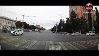 Момент ДТП на площади Ленина попал на видео