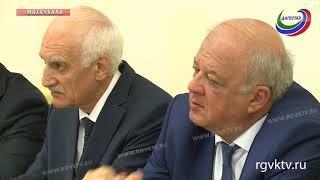Премьер Дагестана встретился с губернатором Костромской области