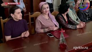 Работники культуры Дагестана получили награды от Минкульта республики
