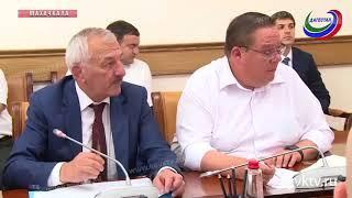 В правительстве РД обсудили реализацию программы переселения граждан из аварийного жилья