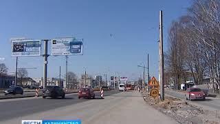 В Калининграде установили новые опоры электропередач для троллейбусов