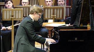 Тихон Хренников-младший исполнил 3-й концерт для фортепиано с оркестром в Краснодаре