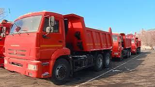 Валерий Радаев посидел за рулем нового КамАЗа