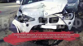 Два внедорожника разбились на Пошехонском шоссе: ВИДЕО
