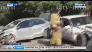 Опубликованы кадры последствий жесткого ДТП в Новокузнецке