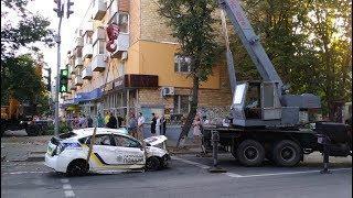 Сумы. ДТП с участием полиции. Toyota Prius патрульных и евробляха Audi A4