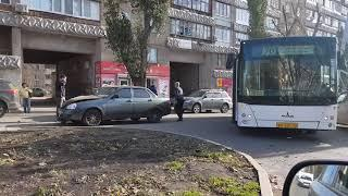 ДТП с автобусом 70 на ул.Советской Армии 1 ноября 12:26