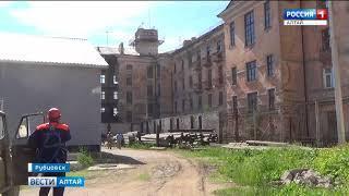 В Рубцовске обрушилась стена гостиничного комплекса «Алей»