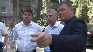 Михаил Исаев проверил, как в Саратове вывозят мусор с контейнерных площадок