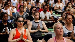 Йога-марафон в Нью-Йорке