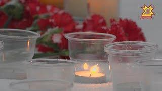 В Чебоксарах возложили цветы в память о жертвах трагедии в Кемерово.