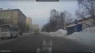 Как в Североморске чистят дороги. 31 января 2017 года