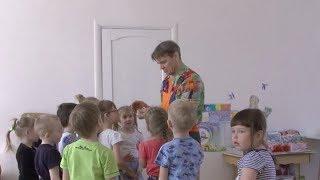 Сантехник Дядя Фокус устраивает магические шоу в детском саду Первоуральска
