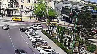 ДТП (авария г. Волжский) площадь Свердлова 11-05-2018 12-58