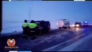 На трассе под Норильском разбился микроавтобус с юными спортсменами