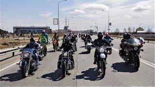Сегодня на дорогах Югры будет много байкеров: во всем мире отмечается День мотоциклиста