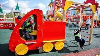 Ревизор из Москвы похвалил Югру за детские площадки
