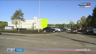 В Пензе около новой школы на Шуисте возникла проблема с парковкой