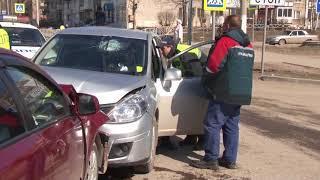 ДТП на перекрестке улиц Пятилетки - 30 лет победы