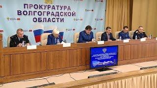 Волгоградцам вернули долги по зарплате на 160 миллионов рублей