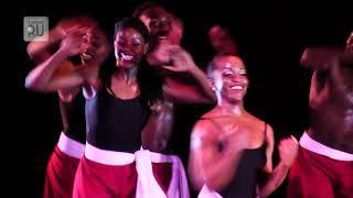 В Кургане выступил знаменитый танцевальный коллектив из США