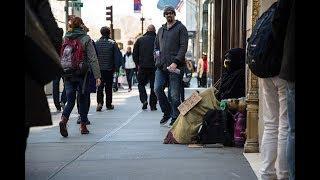 Бездомные в Нью-Йорке: кто эти люди и как они оказались на улице?