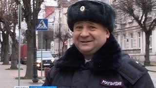 В Черняховске росгвардеец-гиревик поймал вора-паркурщика