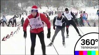 В эти минуты в Химках тысячи участников «Лыжни России» рвутся к победе