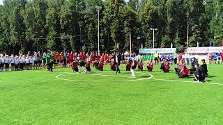 Приветствие футболистов на новом корте для мини-футбола