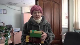«Это такое счастье». Пенсионерка, которой подарили новый балкон, пригласила всех на чай