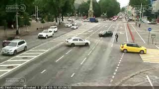 ДТП на ул. Красная (Театральная площадь) 10.05.2018