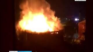 В Канске сгорел магазин стройматериалов