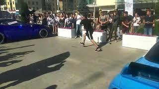 Бег с препятствиями из машин  Рекорд России установили на Дне молодёжи в Ставрополе